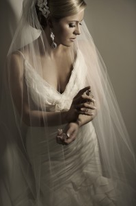 007 199x300 Elegant Bridal Portrait Lit by the Ice Light