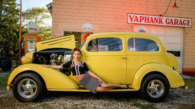 Modern Pin-Up Photography