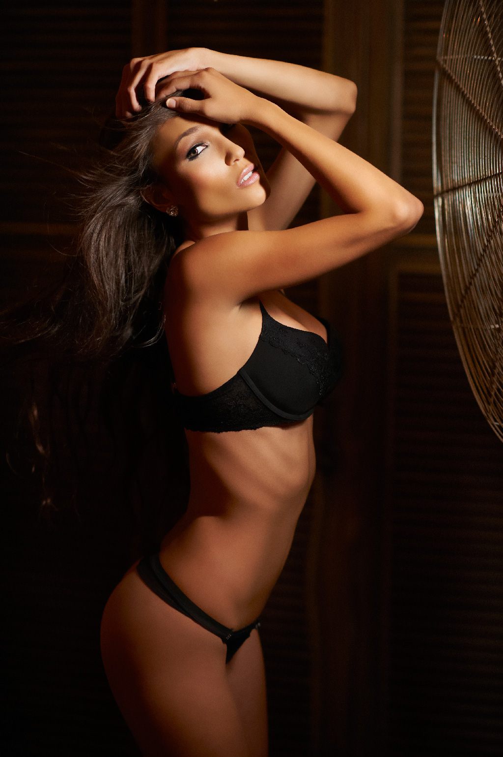 Creative Boudoir Shots using a Fan and Ice Light by Jerry Ghionis #3