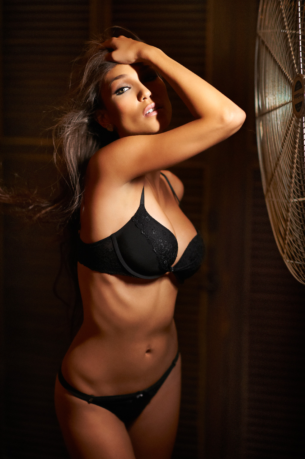 Creative Boudoir Shots using a Fan and Ice Light by Jerry Ghionis #4