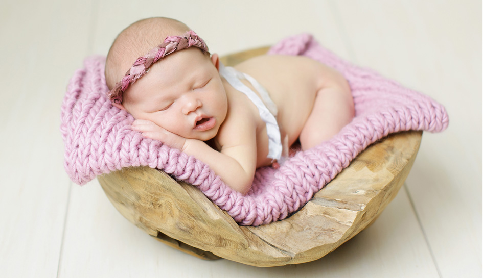 Amber Scruggs Newborn Girl Photography Click Away