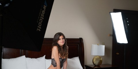 2-Light Boudoir Photography Behind the Scenes