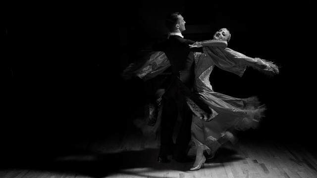 Dance Photography with the Strobelite Plus