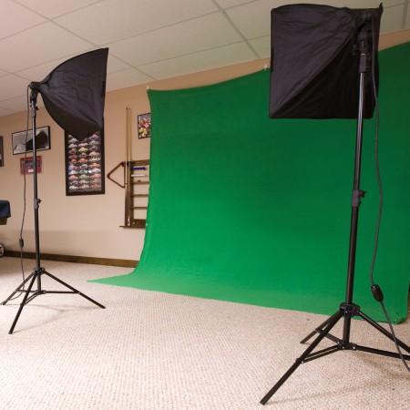 Westcott Green Screen Photo Lighting Kit setup shot & Enhanced Green Screen Photo Lighting Kit