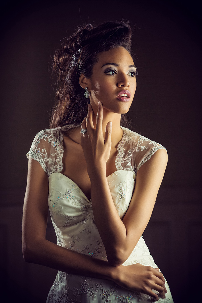 Trevor Dayley2 #Tog Feature: Trevor Dayley   Bridal Portraits in Hotel Rooms