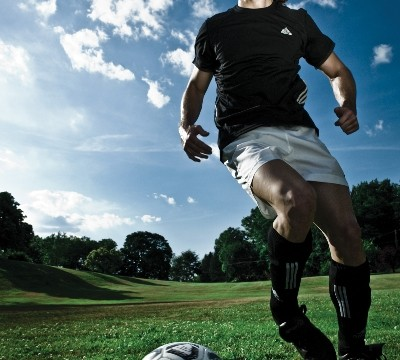 Outdoor Sports Photography Using a Large Scrim Jim