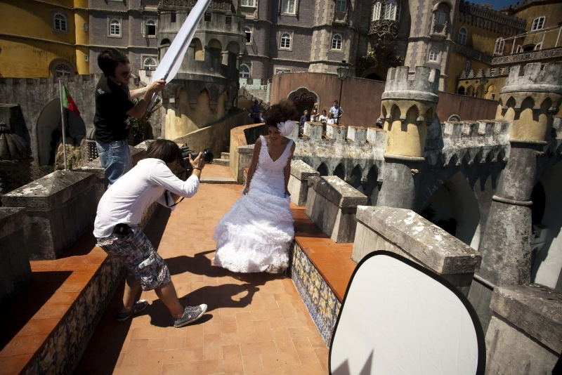 Outdoor fashion photography using a westcott scrim jim and reflector carlos j 20110615 02 se 1 mozeypictures Choice Image