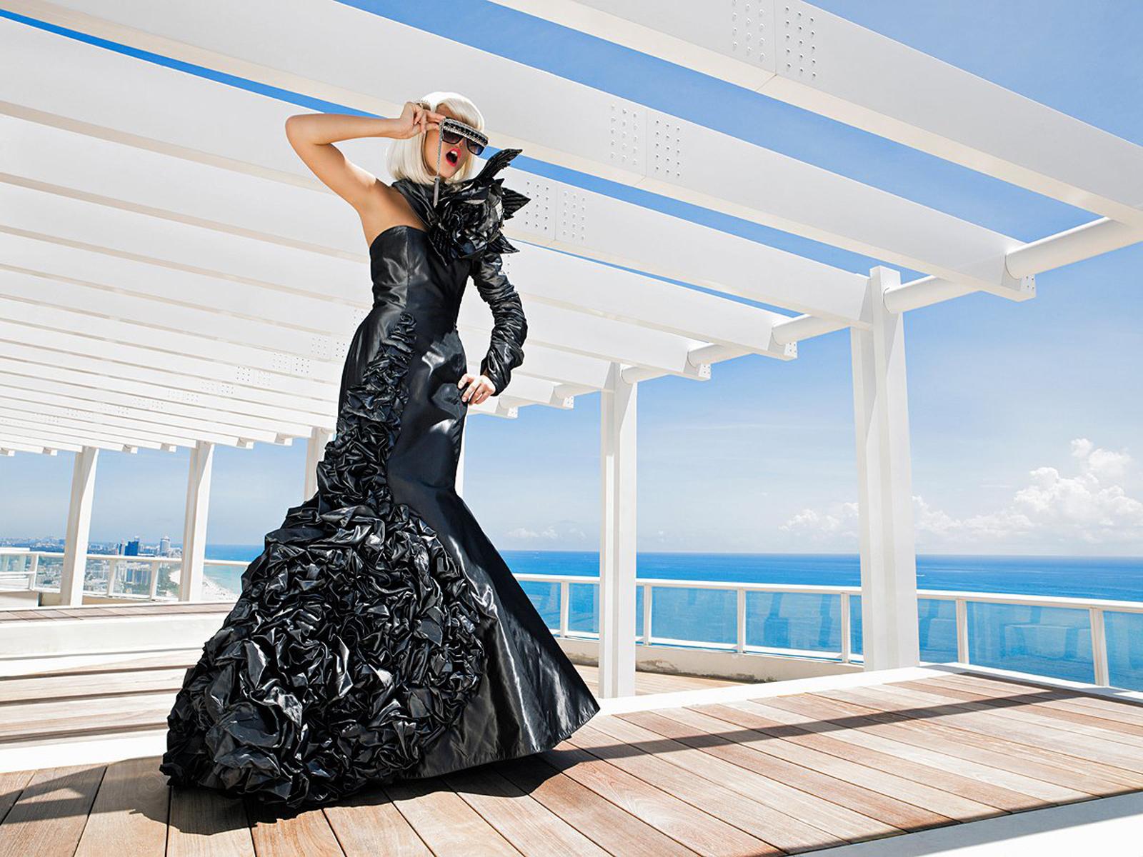carlos-j-toppro-gallery-2012-05